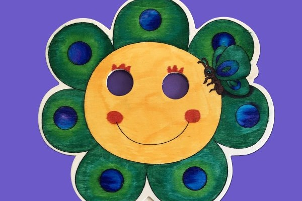 image of cartoon sunflower mask