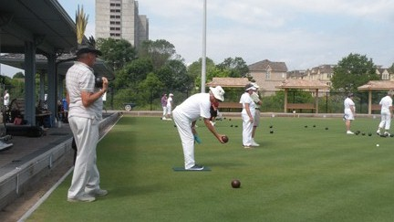 seniors lawnbowling at Pickering Lawn Bowling Club